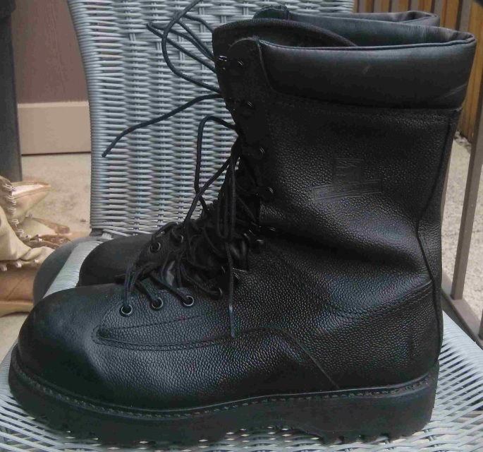 Canadian Army Gortex Wet Weather Boots Central Alberta