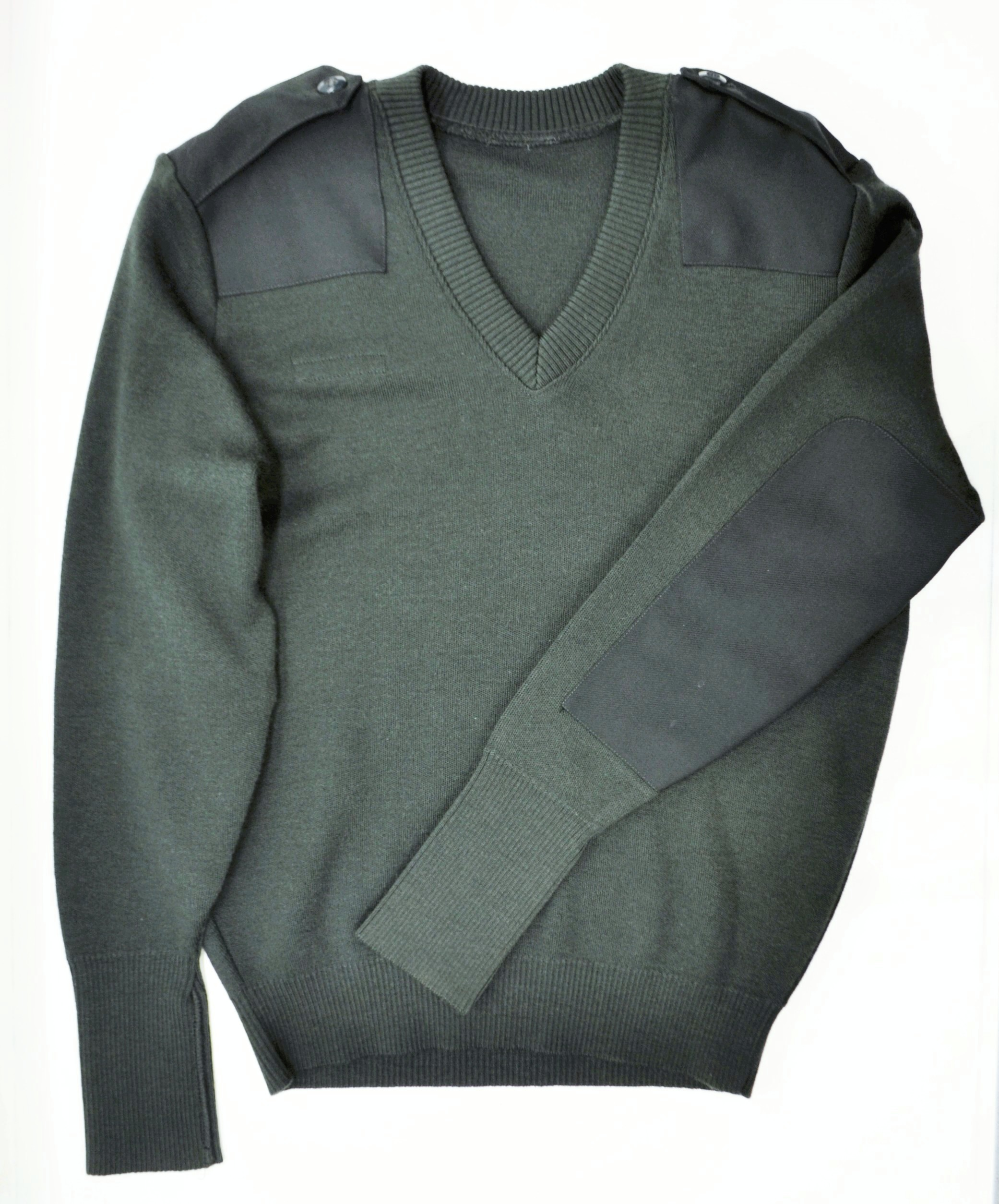 a75bfe69c6 Canadian Wool Commando V-neck Sweater